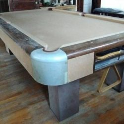 Brunswick 8.5' Pool Table
